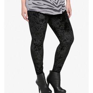 HUE Crushed Black Velvet Leggings